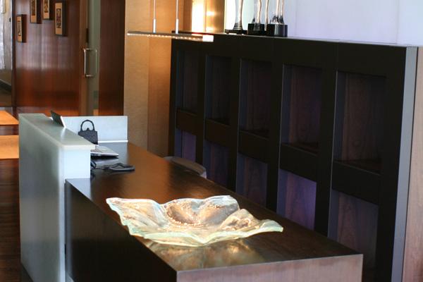 Luxury finishes for International decor surfaces